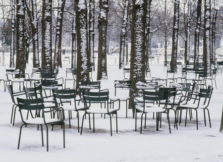 TUILERIES UNDER SNOW