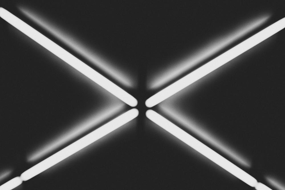 Neon X