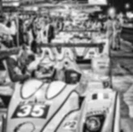 OAK Racing stand