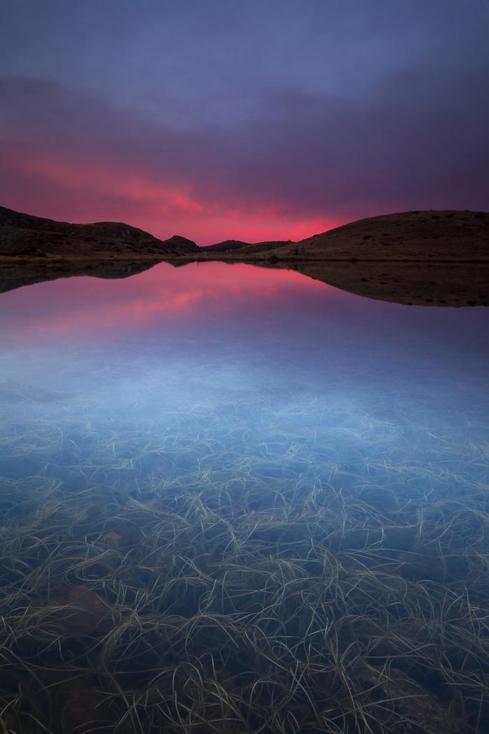 Crepuscule Sur Un Des Lacs De Prals Dans Le Mercantour