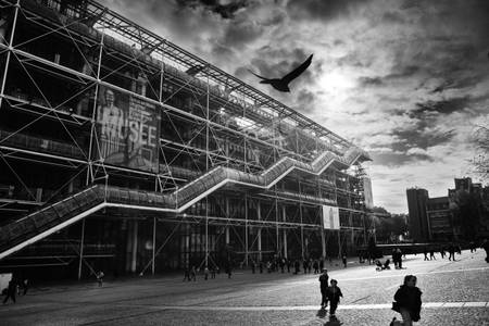Race in Beaubourg