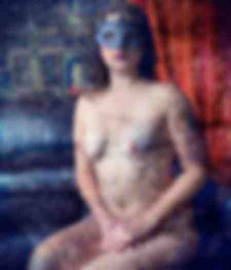 Cécile au masque bleu