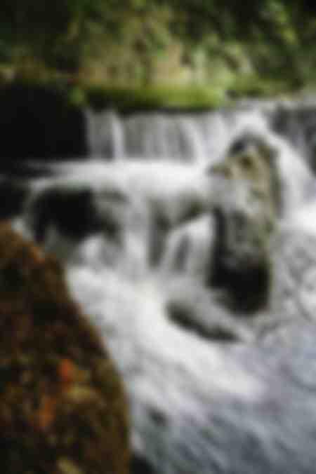Wasserfall in den Schluchten der Bourne