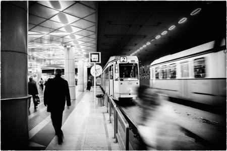 L arrivée du tram jaune N 2