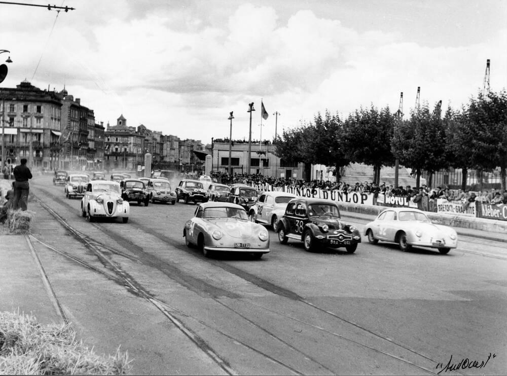 Photo d 39 art grand prix de bordeaux 1952 artiste archives for F1 bordeaux