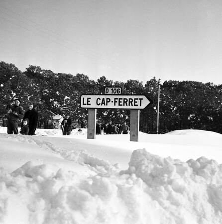 Bassin d'Arcachon winter 1956