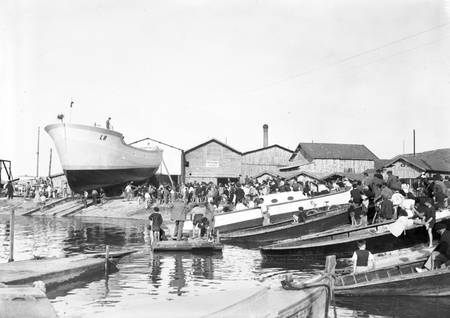 Shipyard in Gujan-Mestras in 1949