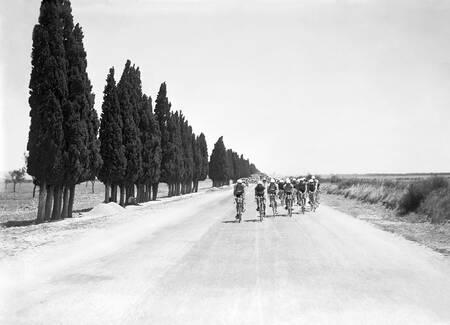 Le Tour de passage sur la plaine de la Crau dans les années 1930