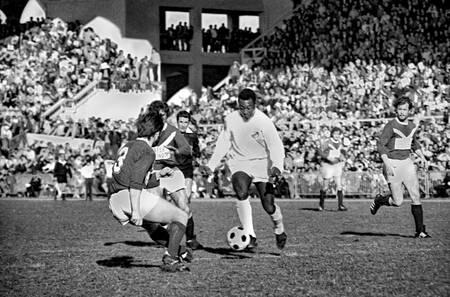 Match Girondins de Bordeaux contre Santos du Brésil 1