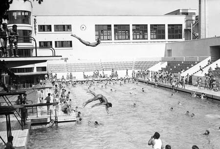 Piscine judaïque en 1949 à Bordeaux