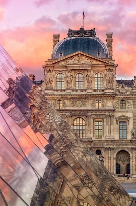 Tramonto al Louvre