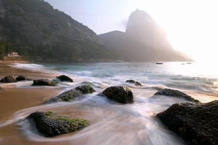 Les brumes de la plage rouge