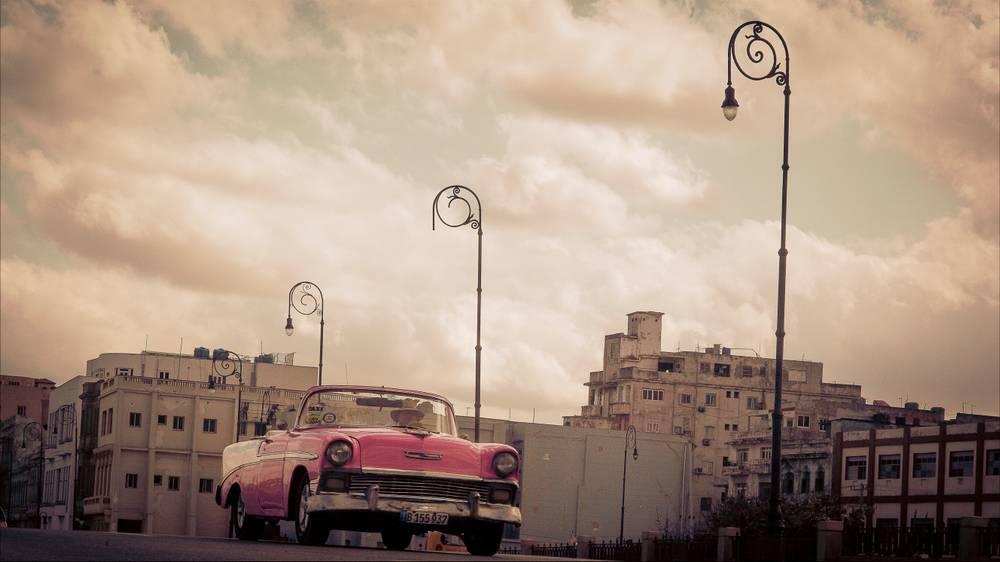 Voiture Americaine A La Havane
