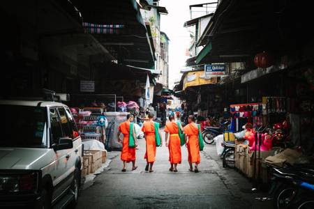 Warorot Monks