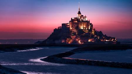 Lumière sur le Mont St Michel