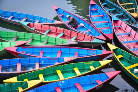 Au milieu des barques
