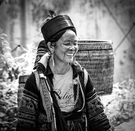 Hmong Black Sapa NB001