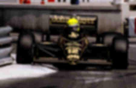 Ayrton Senna flirtet mit Les Rails de Monaco