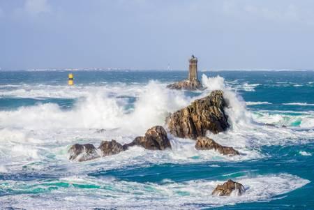 The lighthouse of La Vieille en pleine tempête