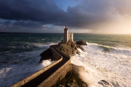 The lighthouse of Petit Minou between light and tumult