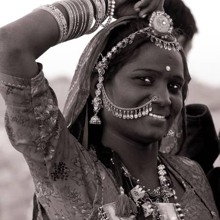 """Joggen"" gypsy woman"