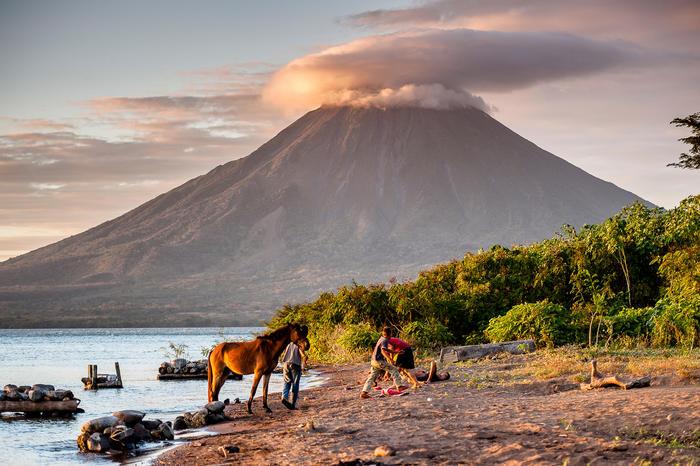 Volcan De La Conception A Ometepe