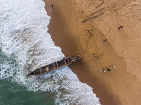 Pirogue on the beach