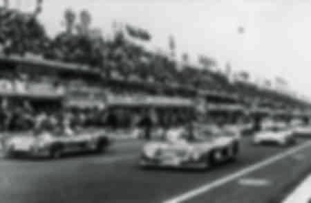 24 Hours of Le Mans 1974. DEPARTURE