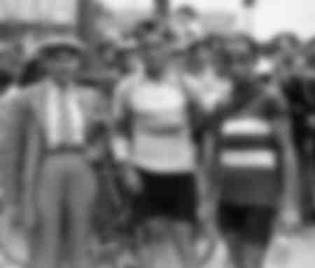 Portraits of runners on the 1933 Tour