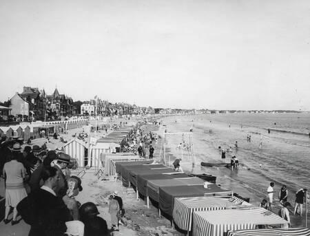 Der Strand von La Baule in La Belle Epoque
