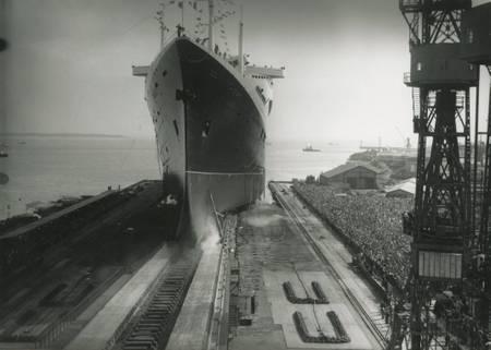 Start des Linienschiffs Frankreich 1960