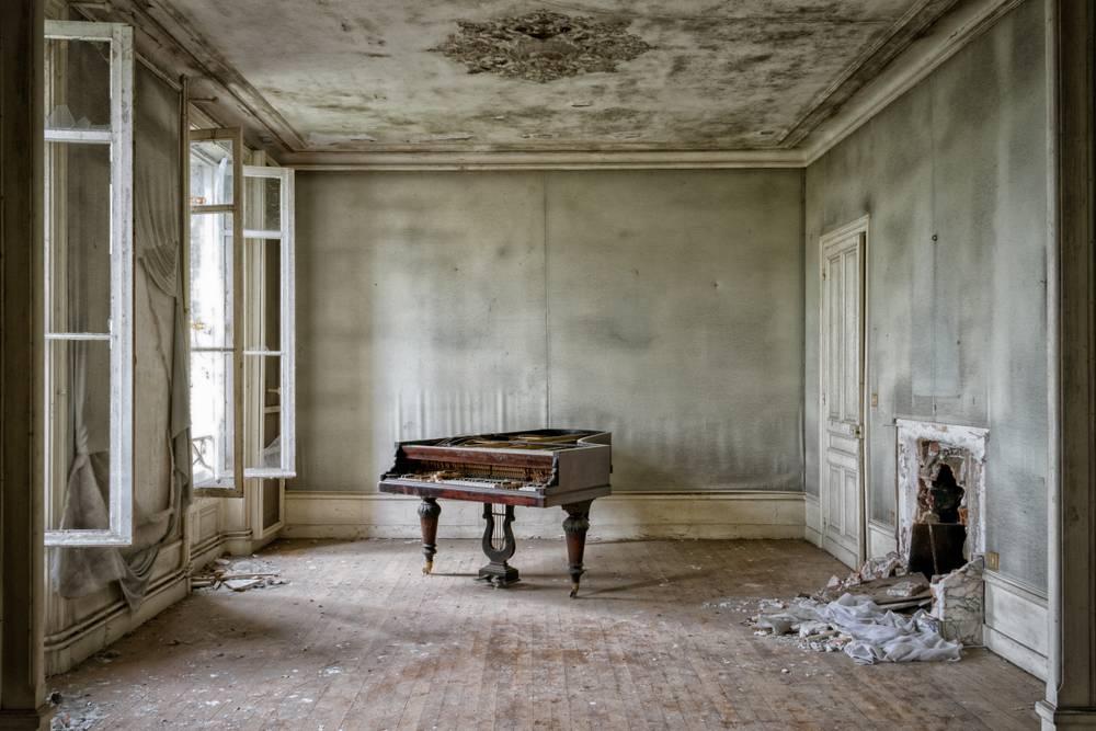Lost Pianist