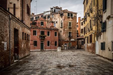 Venise vide