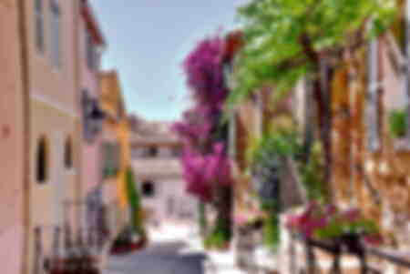 Stroll in the old Saint Tropez France
