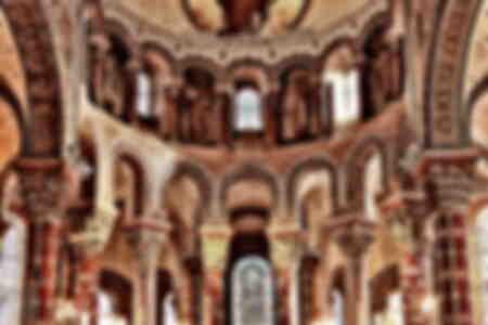 kerkinterieur erfgoed van de auvergne