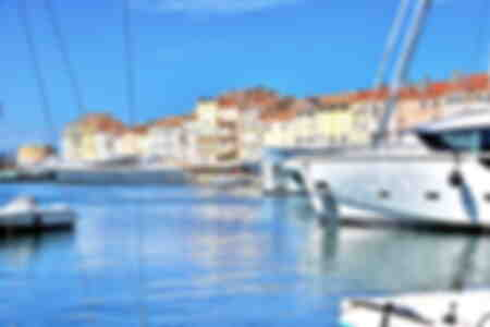 Saint Tropez, its houses and its port