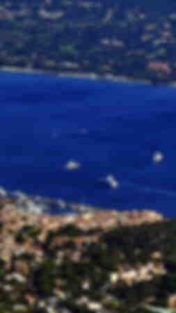 Veduta aerea numero 4 della città di Saint-Tropez