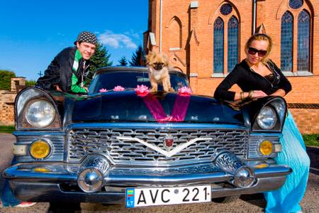 YOUNG LITHUANIANS AND THEIR CAR