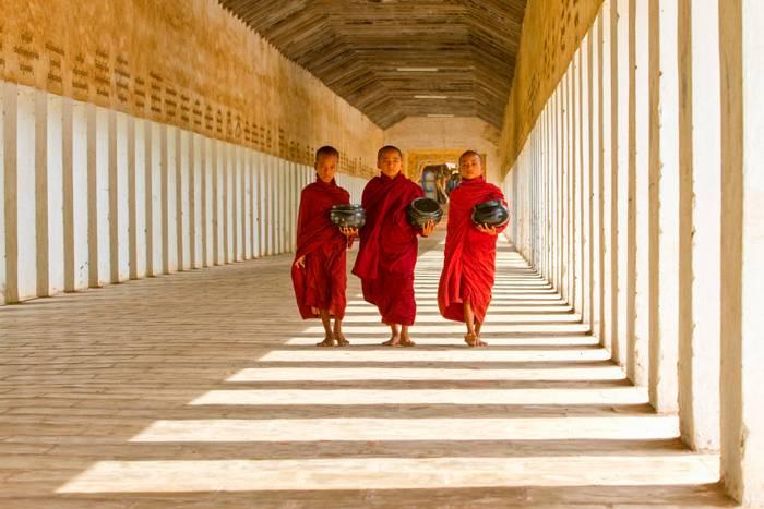 3 Moinillons A Bagan
