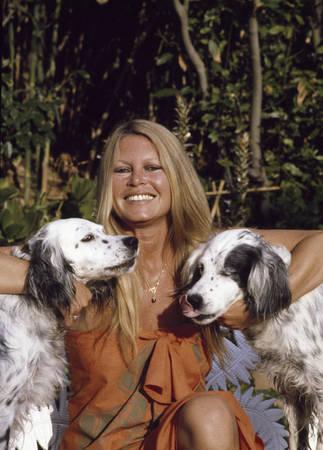 Brigitte Bardot en vacances à Saint-Tropez