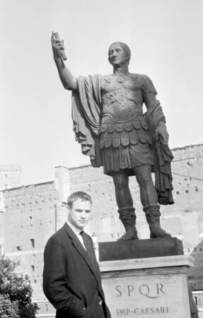 Marlon Brando à Rome en 1954
