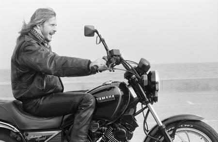 Renaud sur sa moto Yamaha
