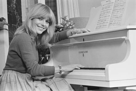 Rendez-vous with France Gall in Paris