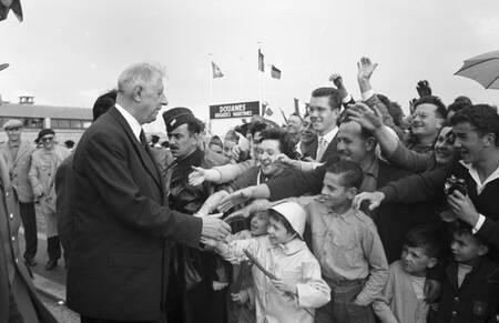 Voyage officiel du Général de Gaulle en Normandie en 1960