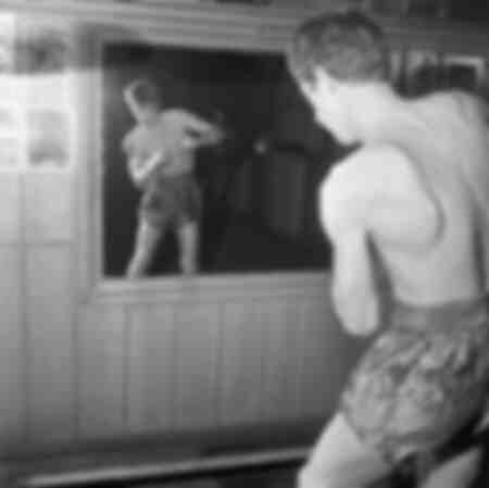 Jean-Paul Belmondo trainiert fürs Boxen