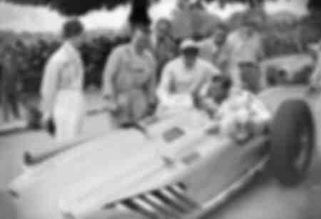 Juan Manuel Fangio et Ray Sugar Robinson au Grand Prix de Paris