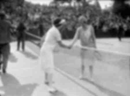 The match of the century between Suanne Lenglen and Helen Wills 1926