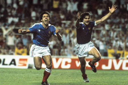 Giresse et Six - RFA vs France1982