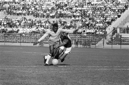 Pele Brazil-Mexico World Cup 1962