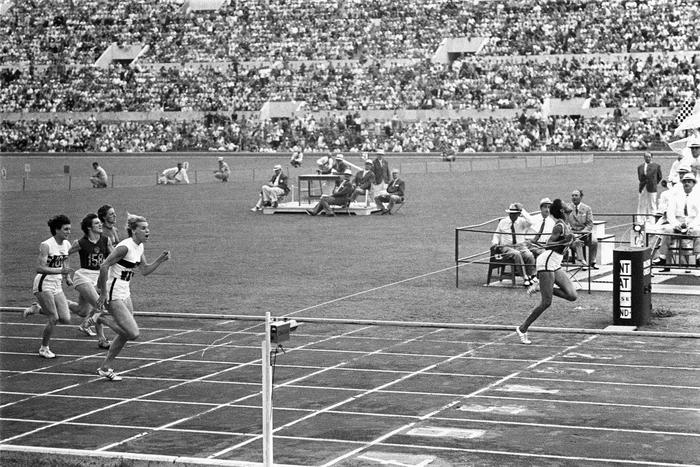 200 M Femmes Jeux Olympiques 1960